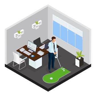 Izometryczny szablon mini golfa z biznesmenem grającym w grę na małym polu w biurze