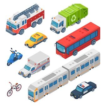 Izometryczny transport miejski. karetka pogotowia, samochód policyjny i samochód strażacki. pociąg metra, taksówka miejska i autobus publiczny. zestaw samochodów drogowych