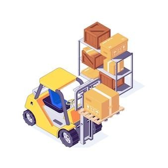 Izometryczny wózek widłowy magazynowy z tekturowymi i drewnianymi pudełkami na półce. koncepcja przechowywania i dostawy z żółtym wózkiem widłowym i opakowaniami. maszyny magazynowe ze skrzynią ładunkową i wysyłkową