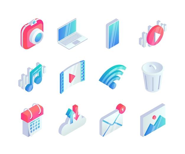 Izometryczny zestaw ikon multimedialnych. 3d symbole koncepcja audio wideo z aparatem fotograficznym, laptopem, telefonem, ikonami muzyki.