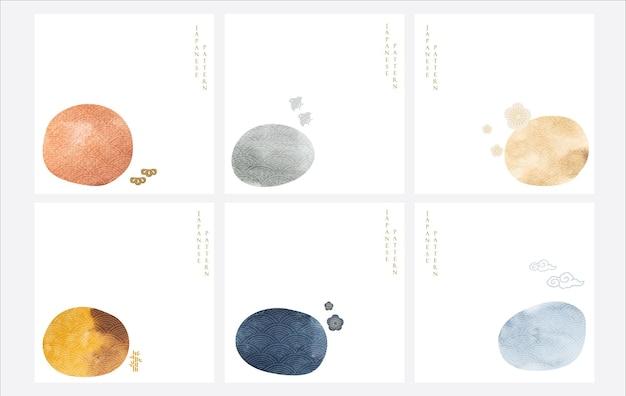 Japoński tło z akwarela tekstury wektorem. kamienna dekoracja z azjatyckimi ikonami. streszczenie szablonu. ptaki, bonsai, kwiat wiśni i elementy chmurki.