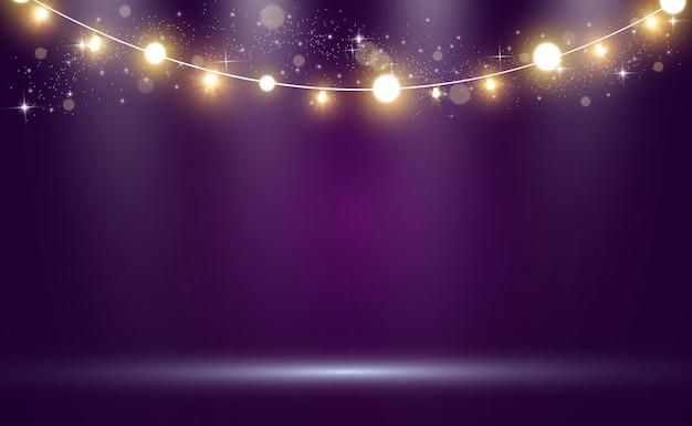 Jasne, piękne światła. świecące światła girlandy.