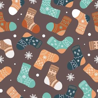 Jasne skarpety świąteczne pończochy zimowa odzież ze skandynawskimi wzorami płatki śniegu w kreskówce