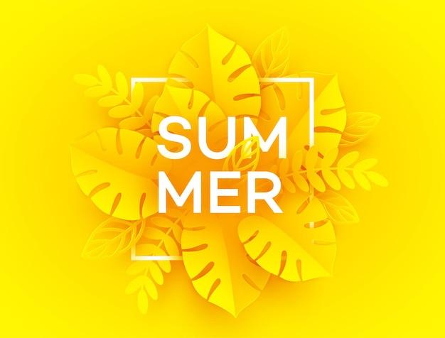 Jasne żółte tło lato. napis summer otoczony wyciętymi z papieru tropikalnymi liśćmi palm na żółto