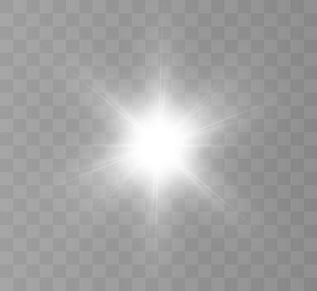 Jasny błysk światła migoczącego na przezroczystym