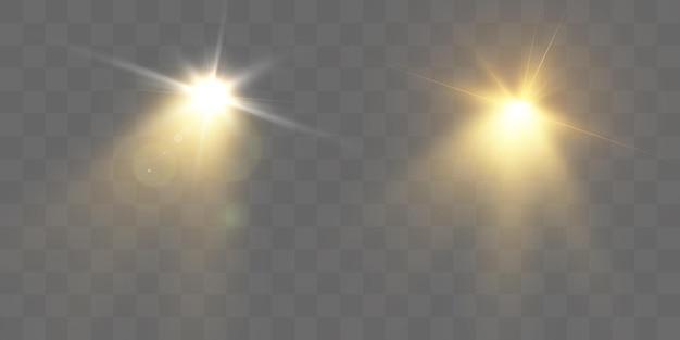 Jasny błysk światła z flarami i promieniami obiektywu