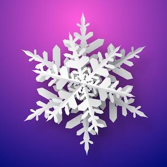 Jeden duży świąteczny papierowy płatek śniegu z miękkim cieniem, biały na fioletowym tle