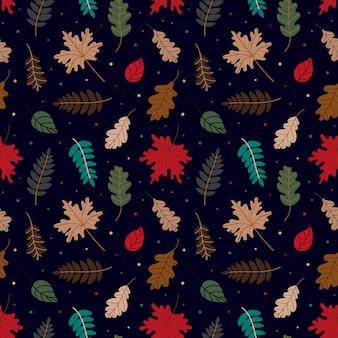 Jednolity wzór różnych zwiędłych liści i kolorowych kropek w jesienny dzień na czarnym tle