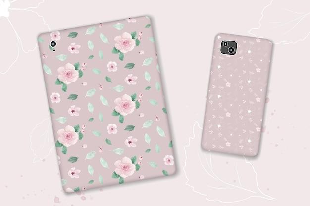 Jednolity wzór z ręcznie malowanymi pastelowymi różowymi kwiatami i liśćmi.