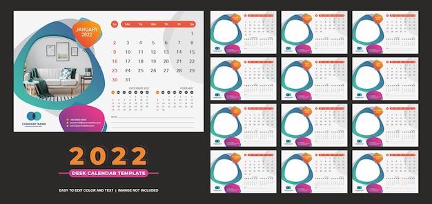 Kalendarz na biurko 2022 szablon zabawny i kolorowy pełny design