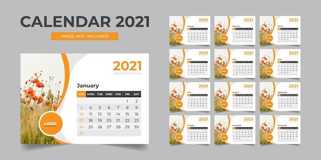 Kalendarz na biurko nowego roku