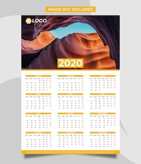 Kalendarz ścienny na 2020 rok