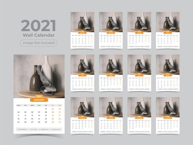 Kalendarz ścienny na nowy rok