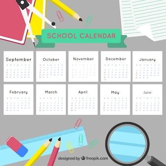 Kalendarz szkoły i elementy szkolne