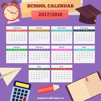 Kalendarz szkoły z elementami tradycyjnymi