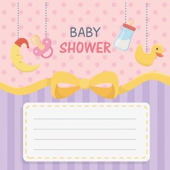 Karta baby shower z wiszącymi akcesoriami