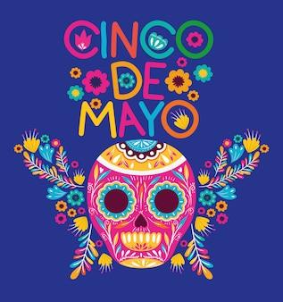 Karta cinco de mayo z kwiatami i maską czaszki