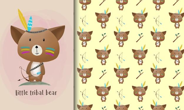 Karta kreskówka mały plemienny niedźwiedź i wzór.
