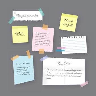 Karteczki samoprzylepne, notatki, notatniki i podarte kartki papieru. pusta kartka z przypomnieniem o spotkaniu, lista rzeczy do zrobienia i zawiadomienie w biurze lub tablica informacyjna z notatkami o spotkaniu