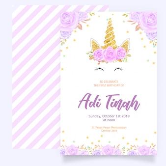 Kartka urodzinowa z jednorożcem i purpurowy kwiatowy