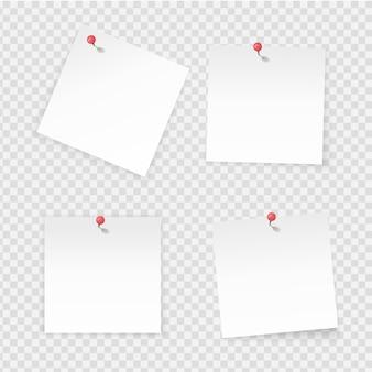 Kartki samoprzylepne. papierowe notatki kij na przezroczystym tle. pusta strona notatnika przypięty czerwony przycisk. etykiety papierowe wektorowe z pustą przestrzenią na deskę roboczą