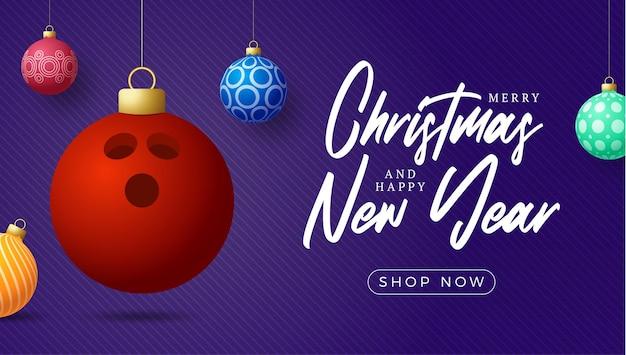 Kartki świąteczne w kręgle. wesołych świąt sport kartkę z życzeniami. powiesić na wątku kula do kręgli jako kula bożonarodzeniowa i kolorowe bombki na fioletowym tle poziomym. ilustracja wektorowa sportu.