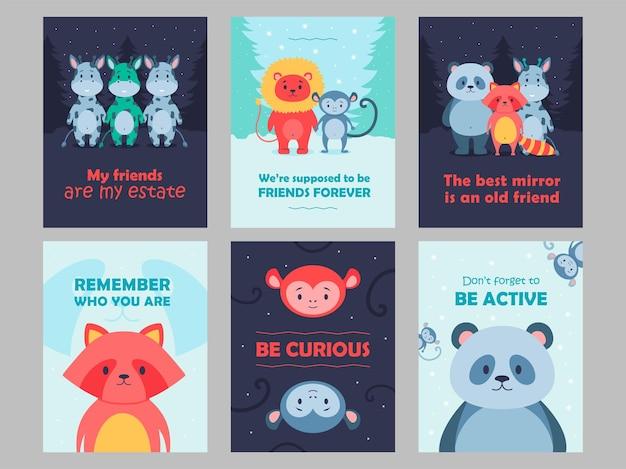 Karty dzikich zwierząt ustawić ilustracja kreskówka. śliczne bestie dla dzieci z inspirującymi cytatami. lew, panda, małpa, postacie żyrafy w płaskiej kolorowej konstrukcji. gra, zwierzę, natura, koncepcja