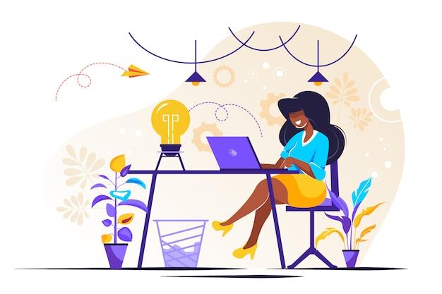 Kierownik w pracy zdalnej, szukając nowych pomysłów