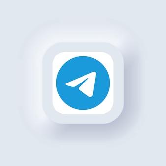 Kijów, ukraina - 19 marca 2021: zestaw ikon telegramu. ikony mediów społecznościowych. realistyczny zestaw. neumorficzny biały interfejs użytkownika ux. styl neumorfizmu.