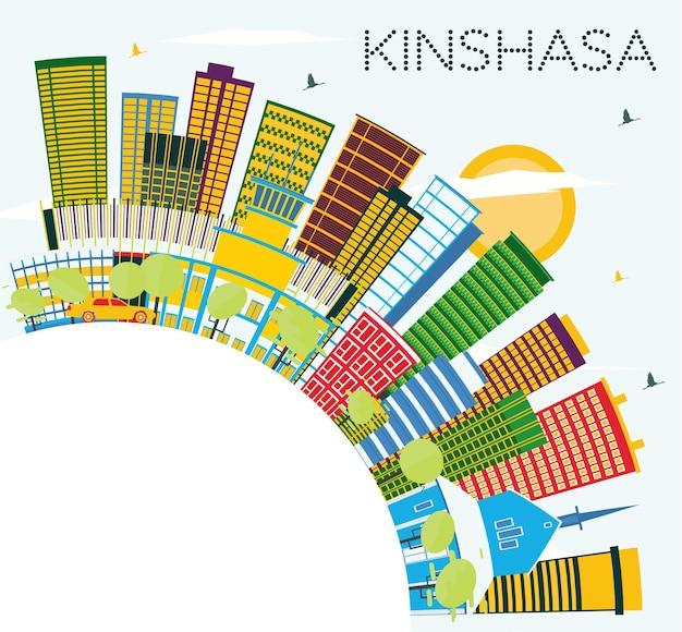 Kinszasa skyline z kolorowymi budynkami, błękitnym niebem i przestrzenią kopiowania. ilustracja wektorowa. podróże służbowe i koncepcja turystyki z nowoczesną architekturą. kinszasa gród z zabytkami.