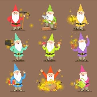 Klasyczne krasnale ogrodowe w kolorowe stroje zestaw postaci z kreskówek w różnych sytuacjach