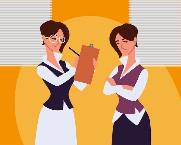 Kobiecy asystent biurowy pracuje