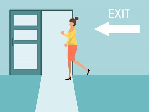 Kobieta biegnie do wyjścia. biznesowa kobieta biega wyjścia drzwi znaka. dziewczyna ucieka z biura