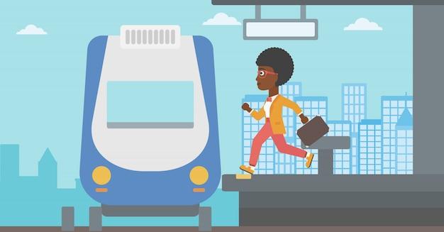 Kobieta biegnie wzdłuż platformy.