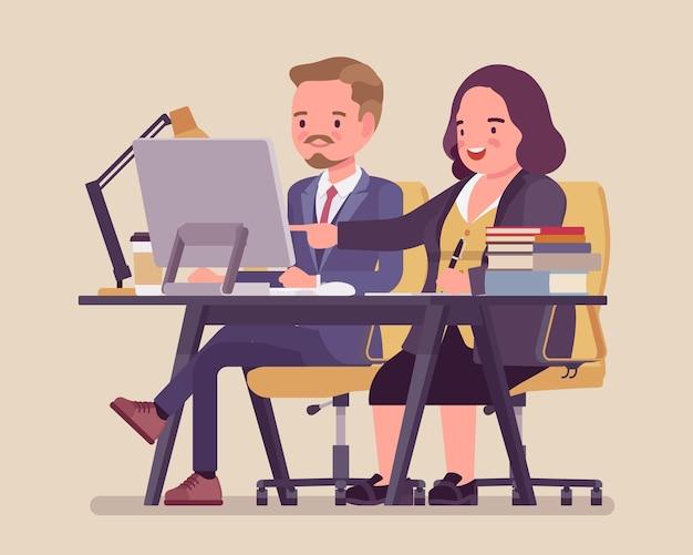 Kobieta coaching i mentoring młodego pracownika płci męskiej
