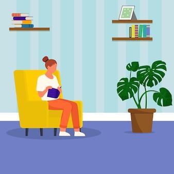 Kobieta czyta książkę w domu. dekoracja wnętrz