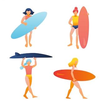 Kobieta, dziewczynka trzymając deskę surfingową