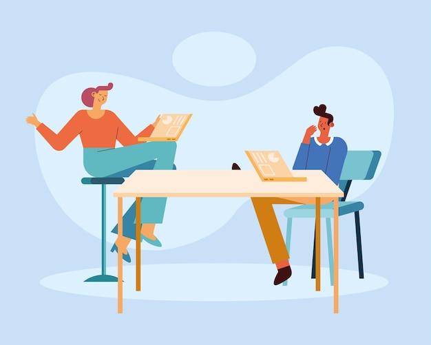 Kobieta i mężczyzna z planowaniem laptopów