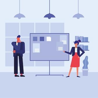 Kobieta i mężczyzna z tablicą w projekcie biura, siły roboczej obiektów biznesowych i motyw korporacyjny