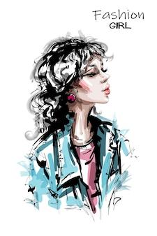 Kobieta moda z kręconymi włosami