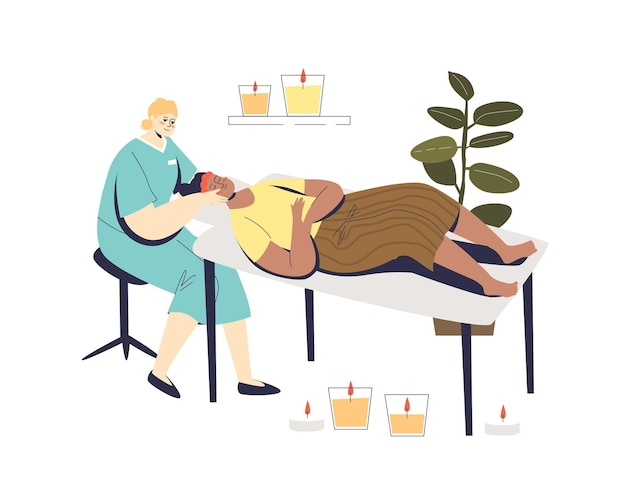 Kobieta na twarzy pielęgnacja skóry wizyta w spa uroda z profesjonalną kosmetyczką robi zabieg