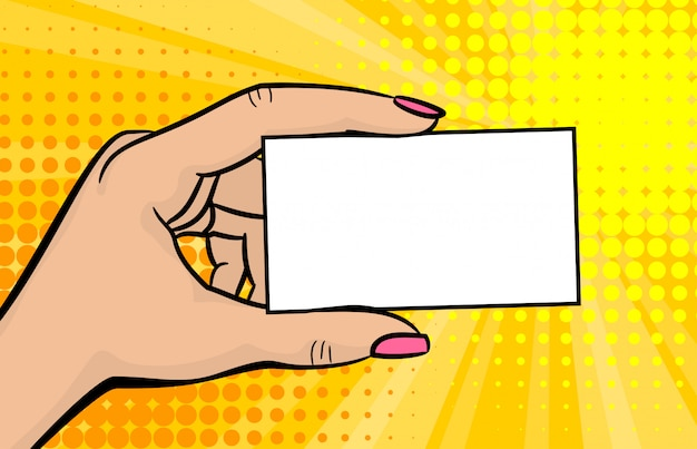 Kobieta ręka pop-artu trzymać komiks stylu karty