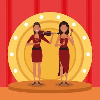 Kobieta skrzypaczka i tancerka, zespół jazzowy