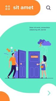 Kobieta stojąca w deszczu i burzy przy zamkniętych drzwiach. mężczyzna przychodzi przez otwarte drzwi z świątecznym konfetti