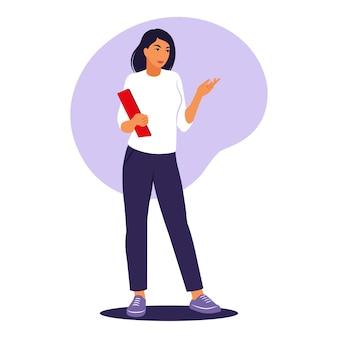 Kobieta stojąca z folderem. pracownik biurowy, koncepcja pracy zdalnej. ilustracja wektorowa. mieszkanie.