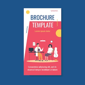 Kobieta w ciąży konsultacji z lekarzem w szablonie broszury swojego biura
