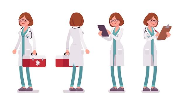 Kobiety lekarka w pozyci pozie