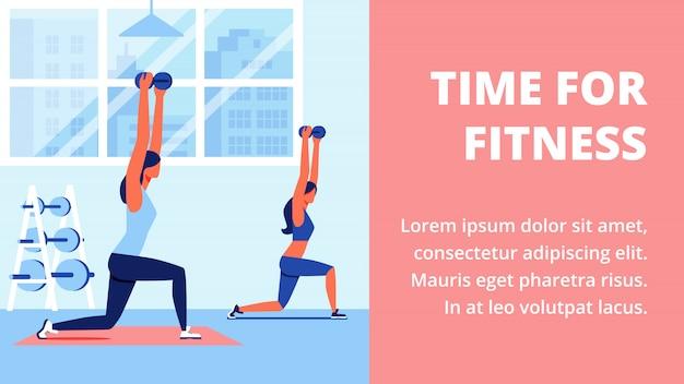 Kobiety w odzieży sportowej w siłowni z niebieskim wnętrzem.