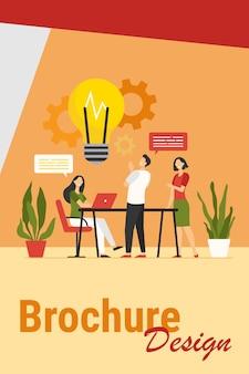 Koledzy dzielą się przemyśleniami i pomysłami płaskiej ilustracji wektorowych. pracownicy kreskówek myślący o projekcie firmy lub uruchomieniu w zespole. koncepcja burzy mózgów, umiejętności i pracy zespołowej