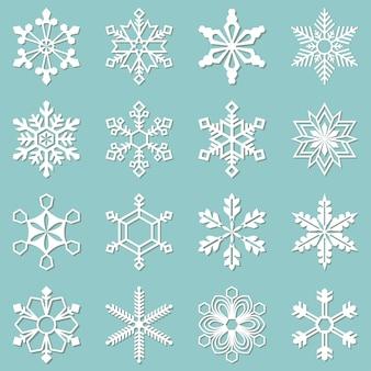 Kolekcja 16 różnych płatków śniegu